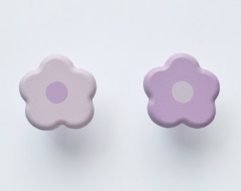 Cute Flower Drawer Knobs in Lilac and Mauve. A beautiful addition to a girls room, playroom or Nursery.