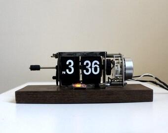 Vintage Flip Clock