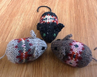Knitted Cat Toy (set of 3)