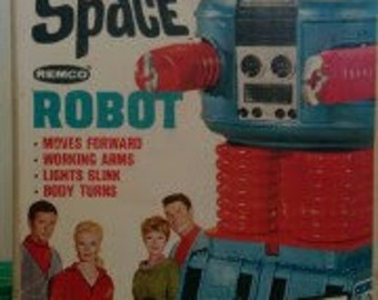 1966 Remco LOST in b9 SPACE ROBOT