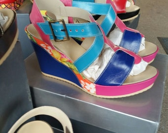 Criss-cross floral patterned Italian sandals