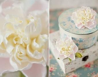peony topper, peony hairclip, wedding stuff, bride peony hairclip, bridesmaids peony, flower topper, cake topper, flowers girl, peony brooch