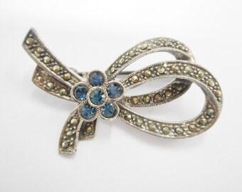 Vintage Marcasite Brooch, Marcasite Brooch, Vintage Sterling Brooch, Vintage Sterling Silver Blue Stone & Marcasite Ribbon Brooch Pin #1983
