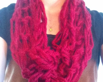 red arm knitted infinity scarf