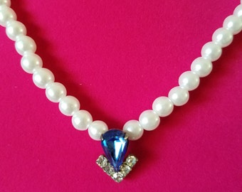 Elegant and Sophisticated 1940's - 1950's Vintage Costume Jewelry - Pearl Bead Necklace with White and Blue Rhinestone Charm