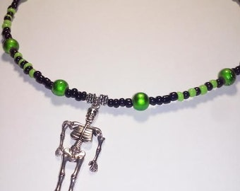 Black and Green Skull Halloween Necklace