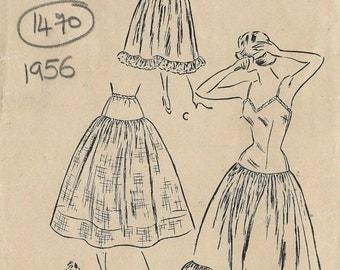 1956 VOGUE Vintage Sewing Pattern B36 SLIP & PETTICOAT (1470) Vogue 7875