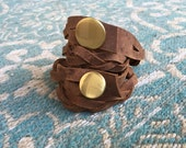 braided double wrap // brushed brass button