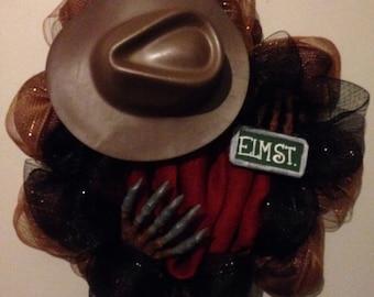 Freddy mesh wreath