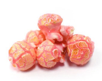 Pink Popcorn (Bubble Gum) Gourmet Popcorn Favors Gifts Bridal shower Baby Shower Birthday Party
