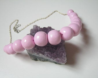 Modern pink necklace - go out-