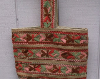 60s to 70s Vintage Embroidered Jute Canvas Market Purse  // Tote Bag