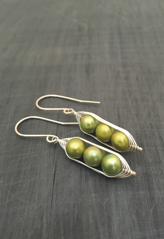 Pea pod earrings. Three peas in a pod with green fresh water pearls.  Mothers day gift. Pea pod jewelry, triplet jewelry, gift for mom