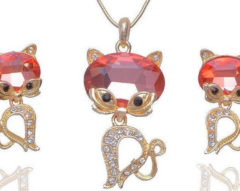 VINTAGE 18K gold plated puffy kitten set pendant necklace and post earring