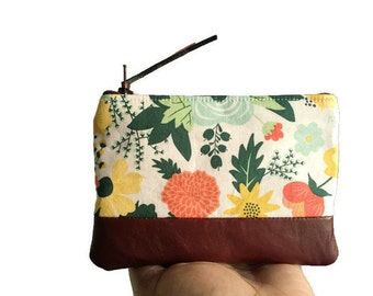 Floral Leather Zipper Pouch, Fabric Coin Purse, Small Cream Leather Change Purse, Coin Wallet, Floral Change Wallet, 144 Collection