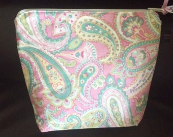 Make up Bag | Travel Cosmetic Bag | Pink Aqua Paisley