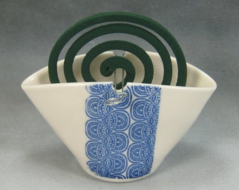 Blue and White Ceramic Mosquito Coil Holder Porcelain insect repellent 4