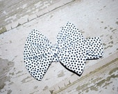 black and white, top knot, headband, toddler bow, baby girl, baby turban, head wrap, big bow, knit head band, jersey bow, infant bow, 0-3 mo