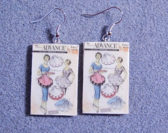 Retro Kitsch Sewing Pattern Apron 1950s Dangle Polymer Clay Earrings 8462