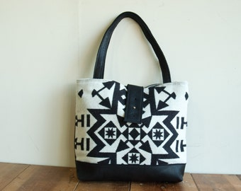 SPECIAL EDITION Ann Shoulder Bag in Original Condensed Pattern and Black Leather