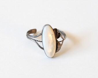 Vintage White Oval & Silver Cuff Bracelet