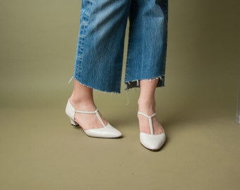 coming soon - cream white t strap pumps / minimalist shoes / t strap flats / 6.5 / 684s