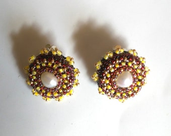 Pearl Beadwoven Clip on Earrings .Genuine Pearl . Beaded Earrings . Statement Earrings . Golden Pearl Clips . Yellow& Garnet Classy Earrings