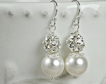 Wedding Earrings, White Pearl Earrings, Bridal Jewelry, Elegant Drop Bridal Earrings, Swarovski Pearl Drop Earrings, Special Occasion