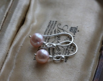 Pearl earrings - small pink freshwater pearl & sterling silver earrings - bridesmaid jewellery