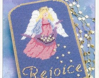 Rejoicing Angel ~  plastic canvas pattern ~  Annie's ~ Christmas pattern