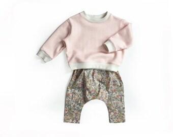 SALE!  Girls Liberty sweatshirt, pink fleece winter pullover, kids sweat shirt, sweater, toddler fleece top - last one!