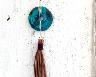 Turquoise donut and leather tasselpendant necklace
