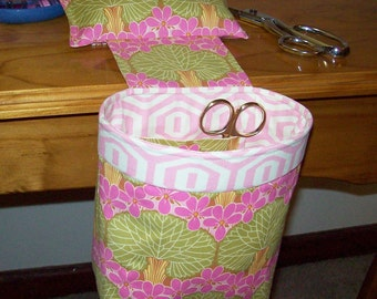 Thread Catcher // Scrap Caddy // Pincushion // Amy Butler Midwest Modern Nouveau Trees // With Rubberized Gripper Strip