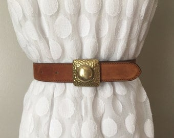 Cool Vintage Brown Leather Belt. Made in Italy for Bergdorf Goodman.