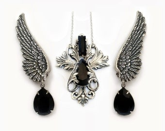 Wedding Gothic Jewelry Set Black Swarovski Jewelry Set Necklace and Wing Earrings Bridal gift for her filigree Halloween