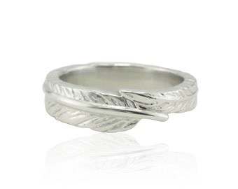 Wedding Band, Handcrafted Platinum Feather Wedding Band - Quill Ring with laser engraved penguin - LS3391