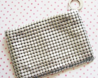 1930s Style Queen...Fabulous Vintage Silvery Mesh Purse