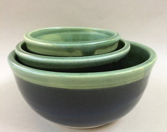 handmade CERAMIC-set of nesting bowls- stoneware- mixing- serving, ready to ship B39