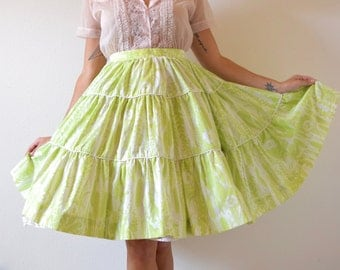 SPRING SALE/ 20% off Vintage 50s 60s Lime Green and White High Waisted Tiered FULL Cirlcle New Look Skirt (size small)