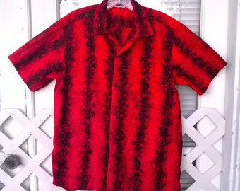 Malihini Hawaiian Shirt, 1950s cotton Hawaiian Shirt, Coconut Shell Buttons, tab button collar sz Medium