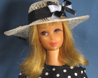 Francie Clothes - Black Dotted Dress, Hat and Purse