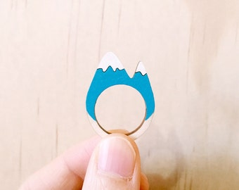 Snowy Mountain Wooden Ring