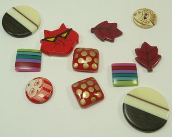 Plastic And Wood  Bits And Baubles Embelishments For Jewelry Making, Paper Crafting, Scrapbooking