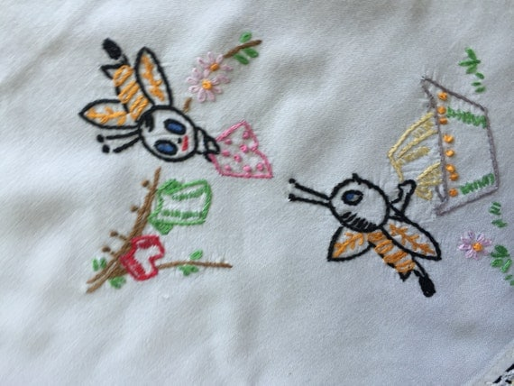 Vintage hand embroidery busy bees white tablecloth luncheon