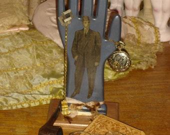 Vintage Glove Mold Jewelry Valet Display Bow Tie