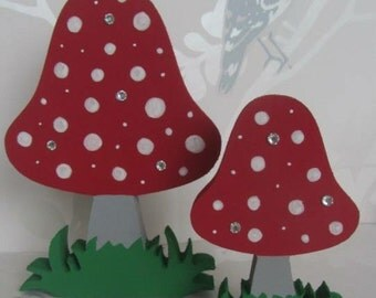 Free Standing Set of 2 Toadstools