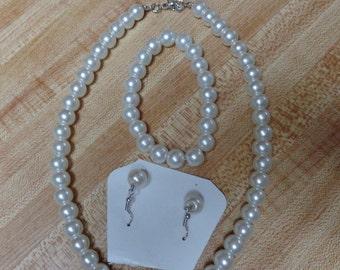 White Imitation Pearl Jewelry set