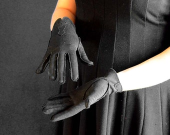 Vintage Gloves in Black with Decorative Detailing - 100% NYLON, Made in USA - Size 6.5