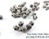 25 Antique Silver Spacer Beads Saucer 4x4mm Plated Alloy LF/CF/NF - 25 pc - M7044-AS25
