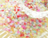 600 pcs(10g) Flower Shaped Faceted Resin Gems/Rhinestones (5mm) AB Mixed Colors AA029